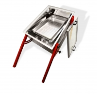 2-in-1 Solar Wax Melter + Uncapping Tray